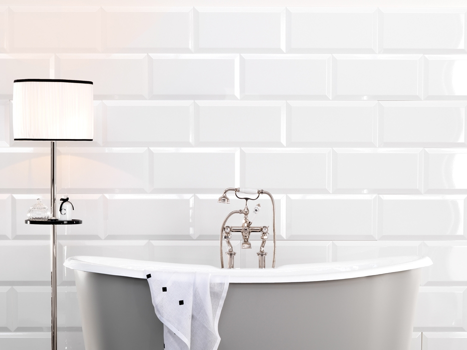 Rivestimento in ceramica pitti by devon devon - Piastrelle bagno bianche ...