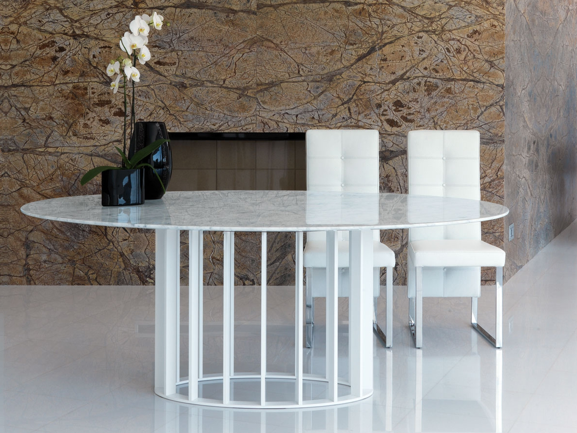 Table ovale manger de style contemporain embassy by - Table a manger ovale design ...