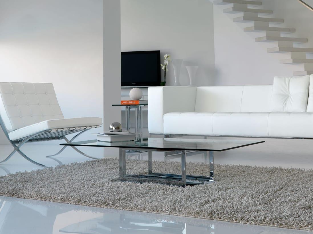 table basse en verre de style contemporain de salon. Black Bedroom Furniture Sets. Home Design Ideas