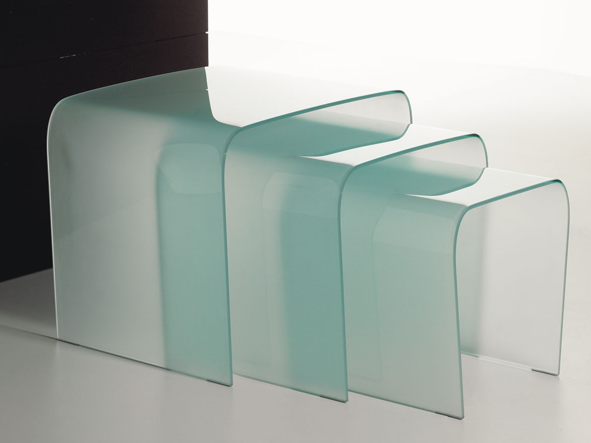 Stapelbarer couchtisch aus glas triade by italy dream design for Designer couchtisch glas
