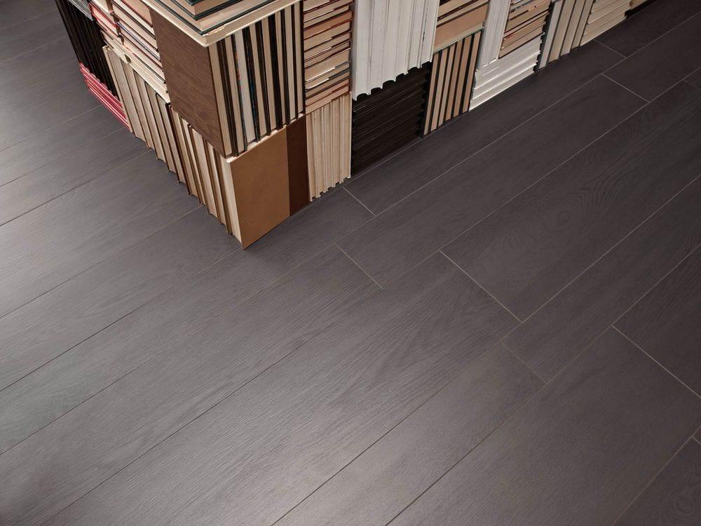 Pavimento de gres porcel nico imitaci n madera treverk by - Pavimento imitacion madera ...