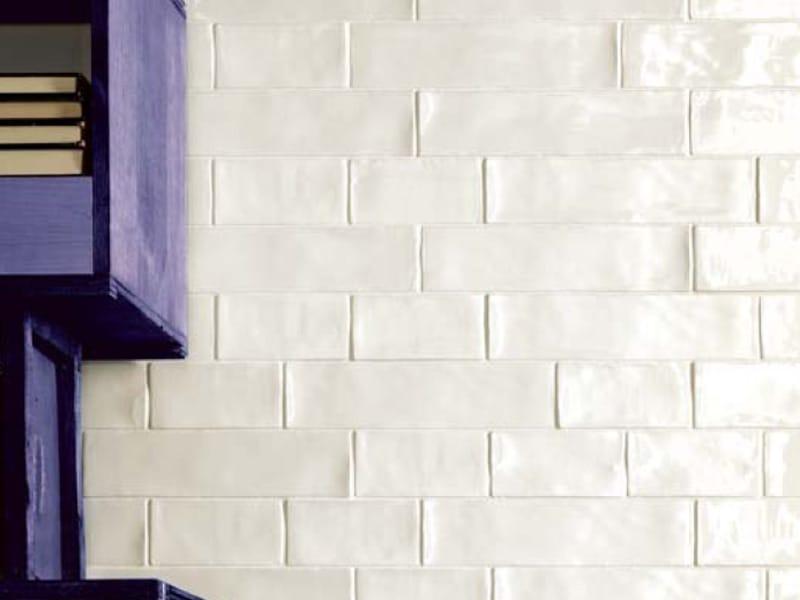 Ceramic wall tiles vogue by arezia for Vogue ceramica