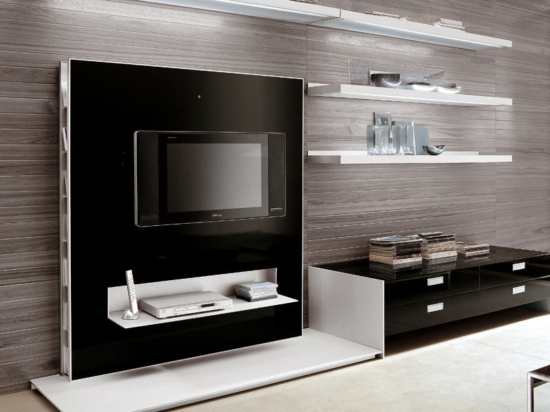 Parete attrezzata con porta tv frame by alivar design for Modulares para tv modernos
