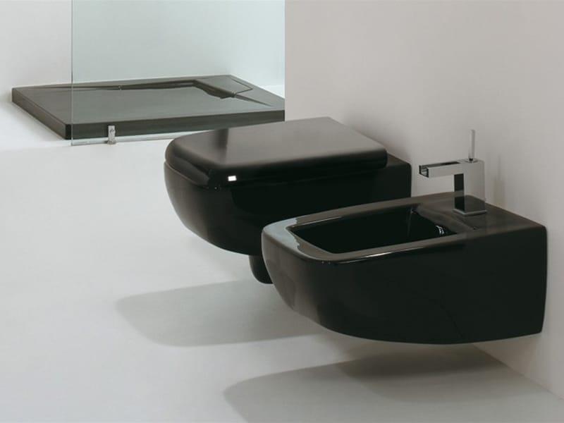 LILAC  WC suspendu By GSG Ceramic Design design ...