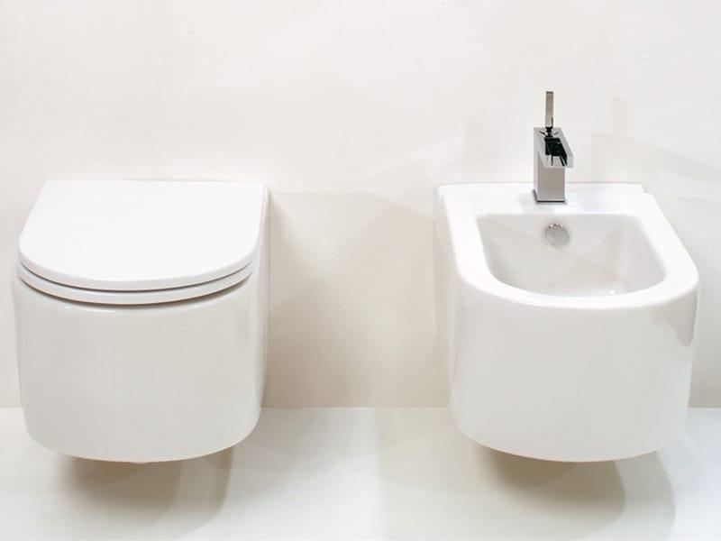 Race bidet sospeso by gsg ceramic design design massimiliano abati - Sanitari bagno sospesi neri ...