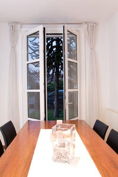 Finestra a taglio termico scorrevole in alluminio - Aeratore termico per finestra ...