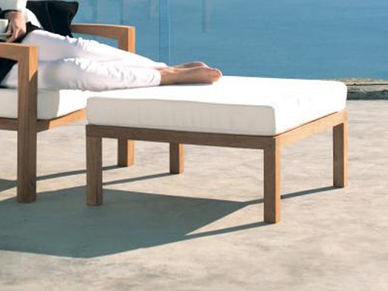 ixit repose pieds de jardin by royal botania design kris van puyvelde. Black Bedroom Furniture Sets. Home Design Ideas
