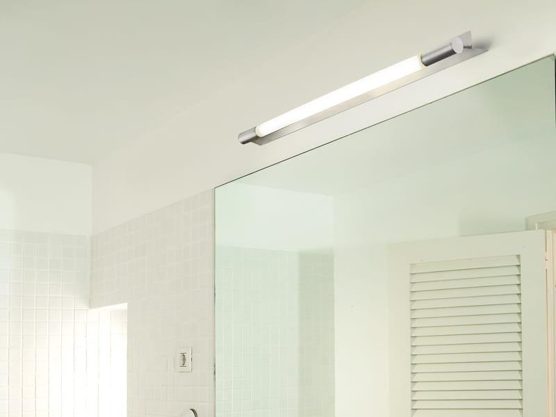 Lampada da parete per bagno millennium by vibia design - Lampade bagno design ...