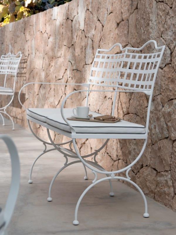 Versailles garden bench by manutti - Coussin pour banc exterieur ...