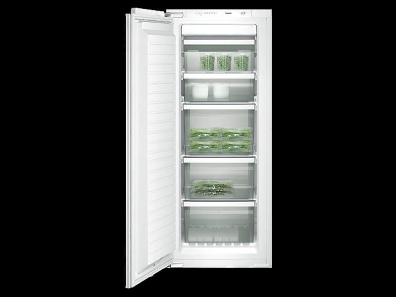 Una mirada del hombre congeladores pequenos verticales no for Congelador vertical pequeno