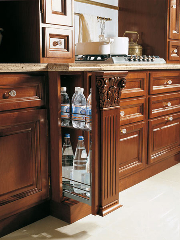 Tosca cherry wood kitchen by martini mobili for Wooden fitted kitchen