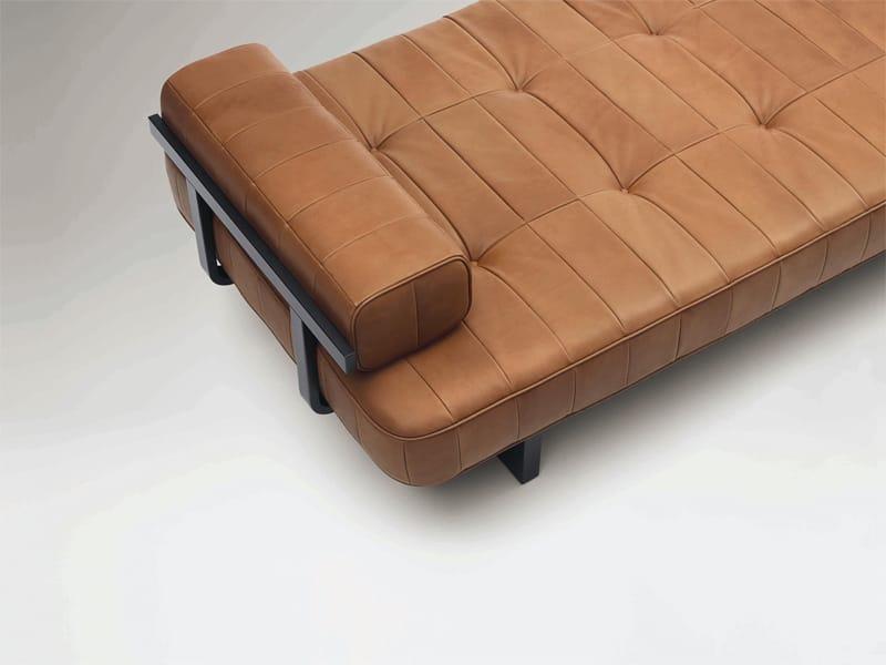 ds 80 m ridienne by de sede design de sede. Black Bedroom Furniture Sets. Home Design Ideas