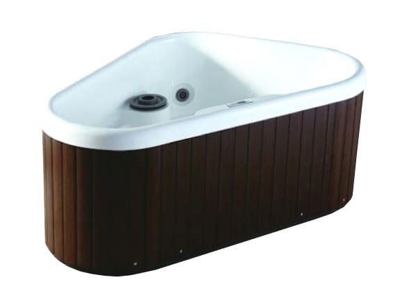 Bl 530 whirlpool bathtub by beauty luxury - Triangular bathtub ...
