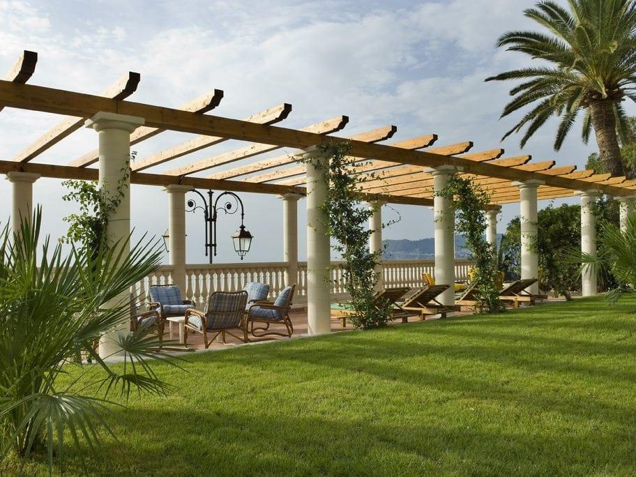 colonne colonne en b ton by sas italia aldo larcher. Black Bedroom Furniture Sets. Home Design Ideas