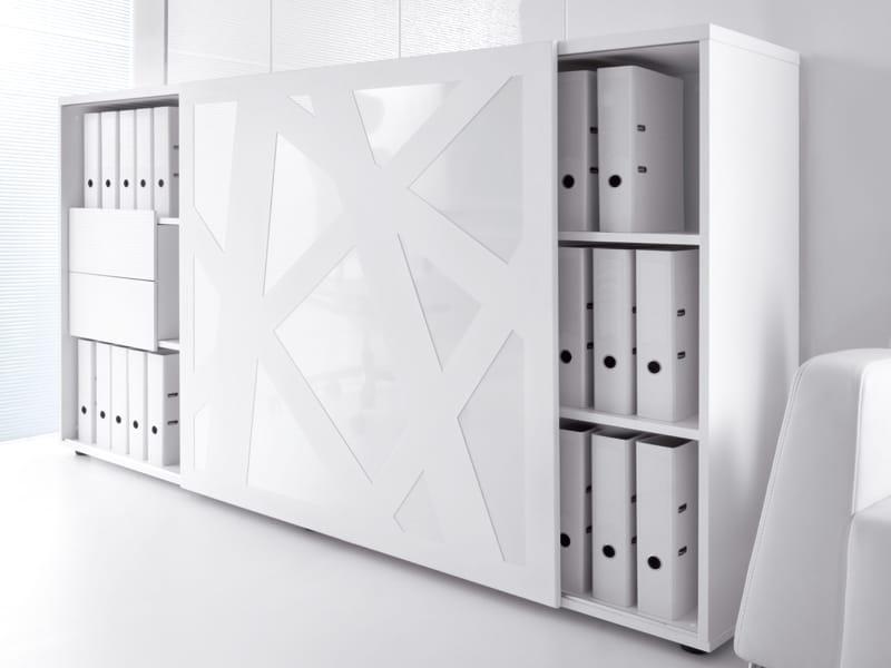 standard b roschrank by mdd design zbigniew kostrzewa. Black Bedroom Furniture Sets. Home Design Ideas