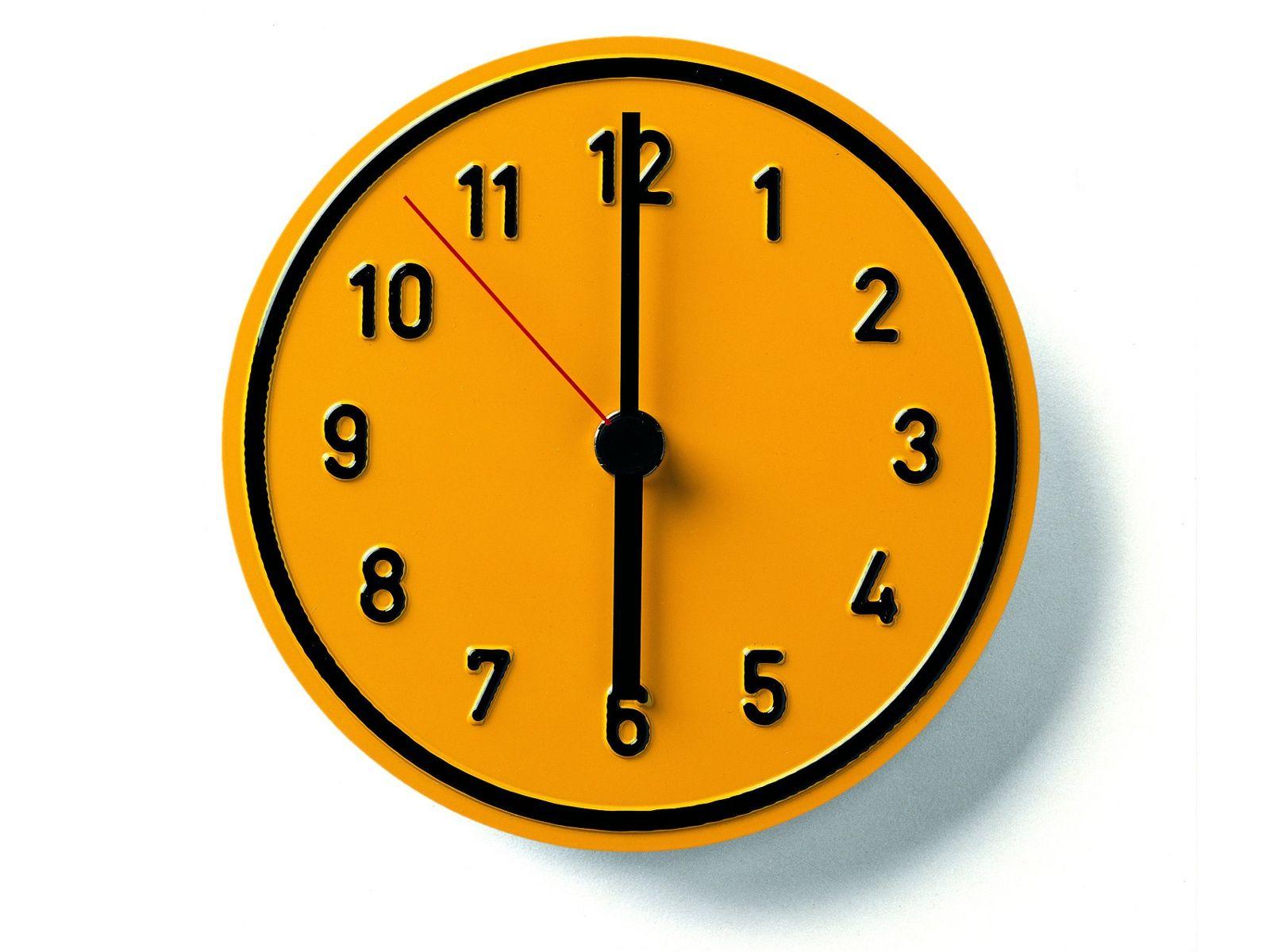 Reloj de pared alu alu by richard lampert dise o jochen gros - Relojes de pared diseno ...
