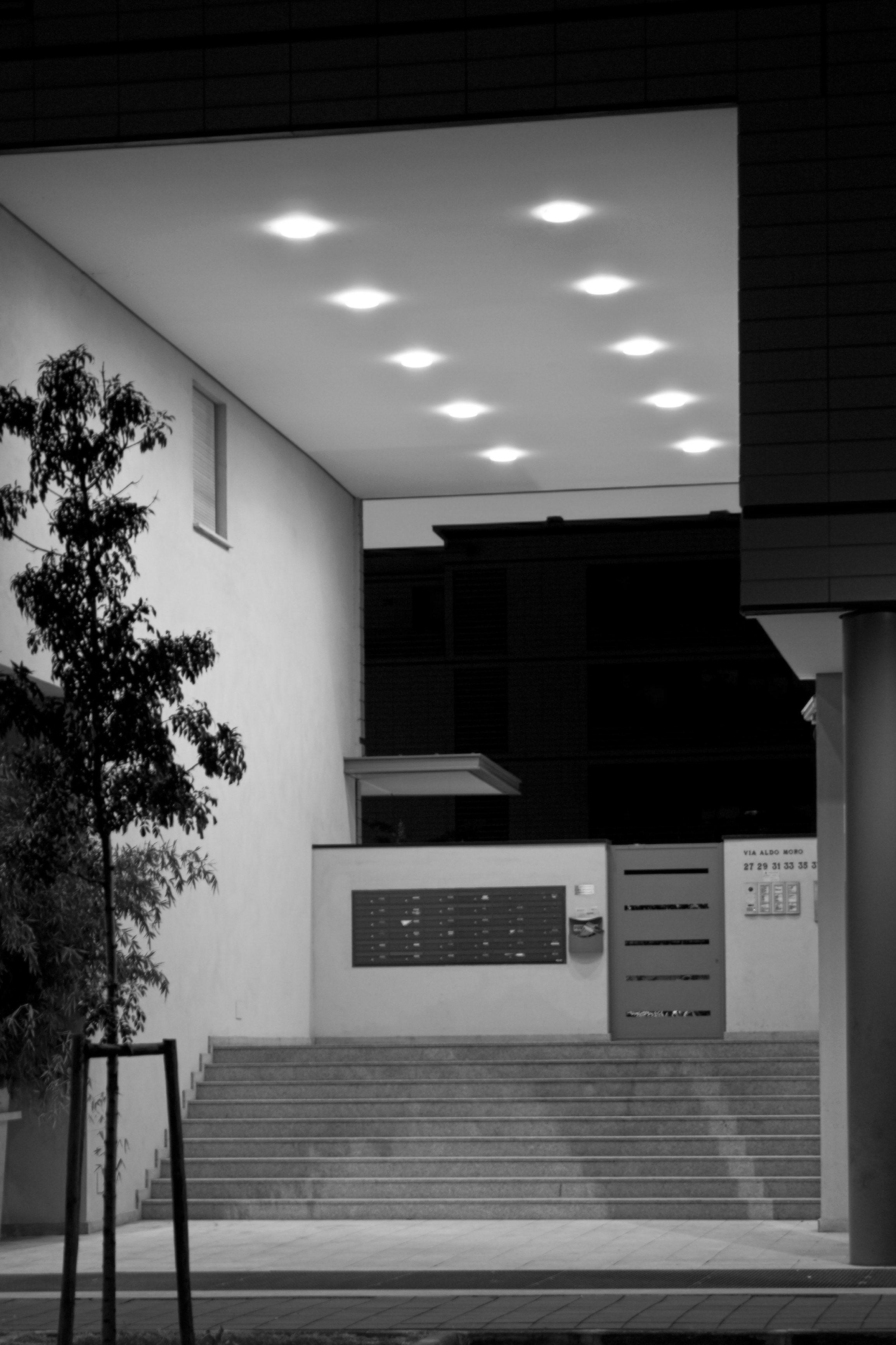 2100 INCASSO A SOFFITTO Illuminazione da incasso per spazi pubblici by Platek