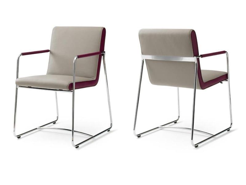 stuhl aus leder mit kufengestell mit armlehnen spring kollektion table times by leolux design. Black Bedroom Furniture Sets. Home Design Ideas