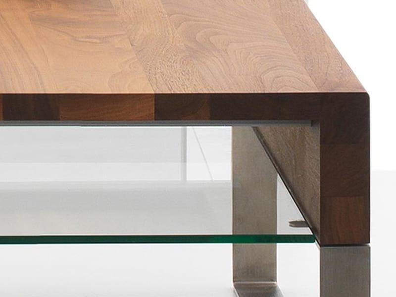 Niedriger Couchtisch aus Holz für Wohnzimmer ADITI by LEOLUX