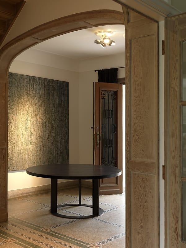 Delhi table by interni edition design janine vandebosch