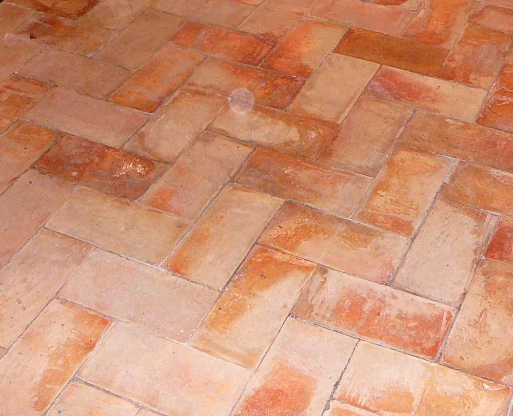 Pavimento in cotto per interni ed esterni by mattone romano - Pavimento rustico exterior ...