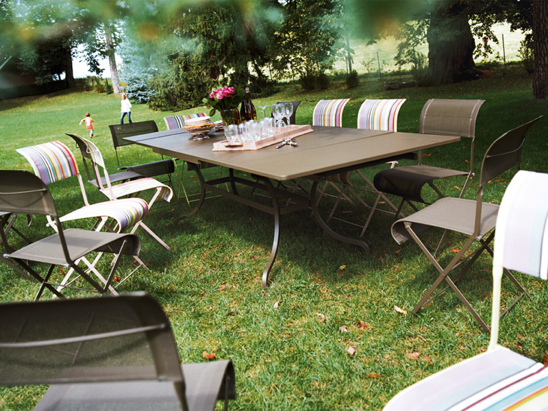 Table De Jardin Extensible Rectangulaire En Acier Romane By Fermob