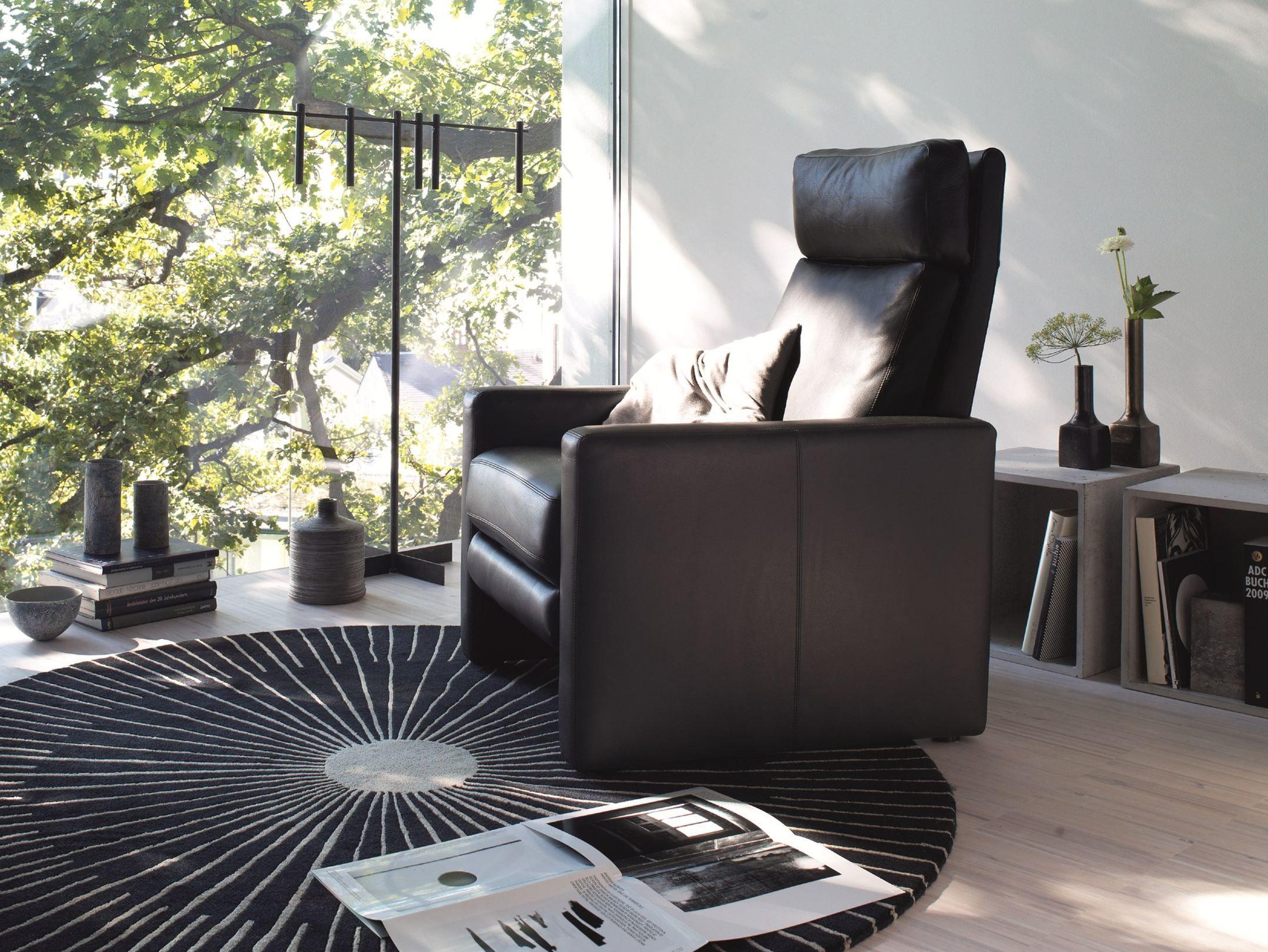 poltrona reclinabile con poggiapiedi conseta poltrona reclinabile cor sitzm bel helmut l bke. Black Bedroom Furniture Sets. Home Design Ideas