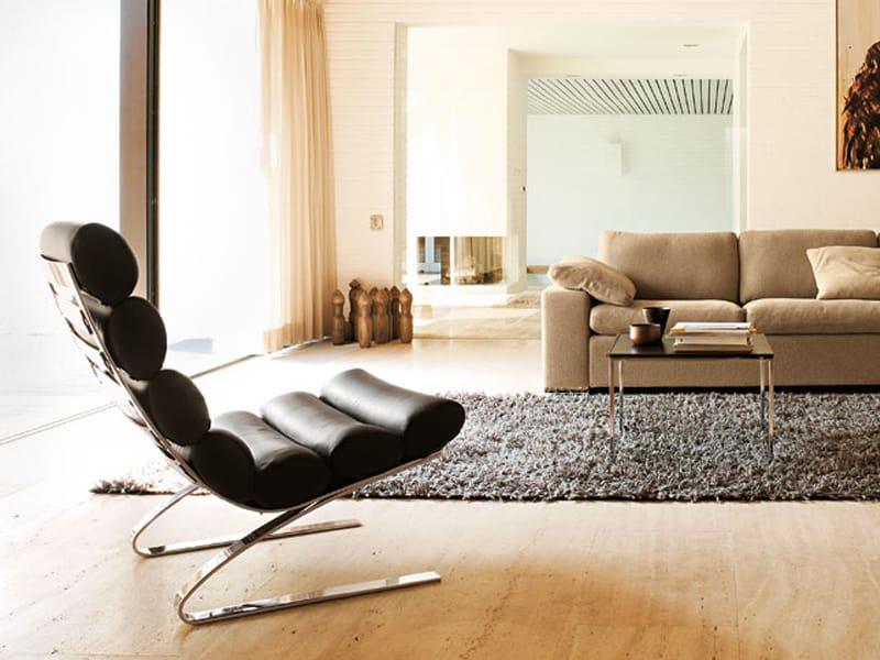 poltrona imbottita con poggiapiedi sinus by cor sitzm bel helmut l bke design adolf reinhold. Black Bedroom Furniture Sets. Home Design Ideas