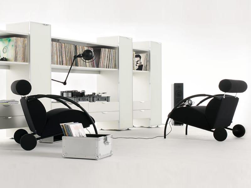 sessel mit rollen zyklus by cor sitzm bel helmut l bke design peter maly. Black Bedroom Furniture Sets. Home Design Ideas