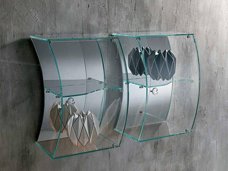 Vetrina sospesa in cristallo by carpanelli for Calligaris vetrine