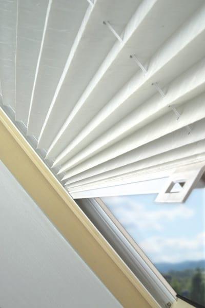 Fenetre de toit grande largeur villeurbanne nancy la for Futura porte et fenetre