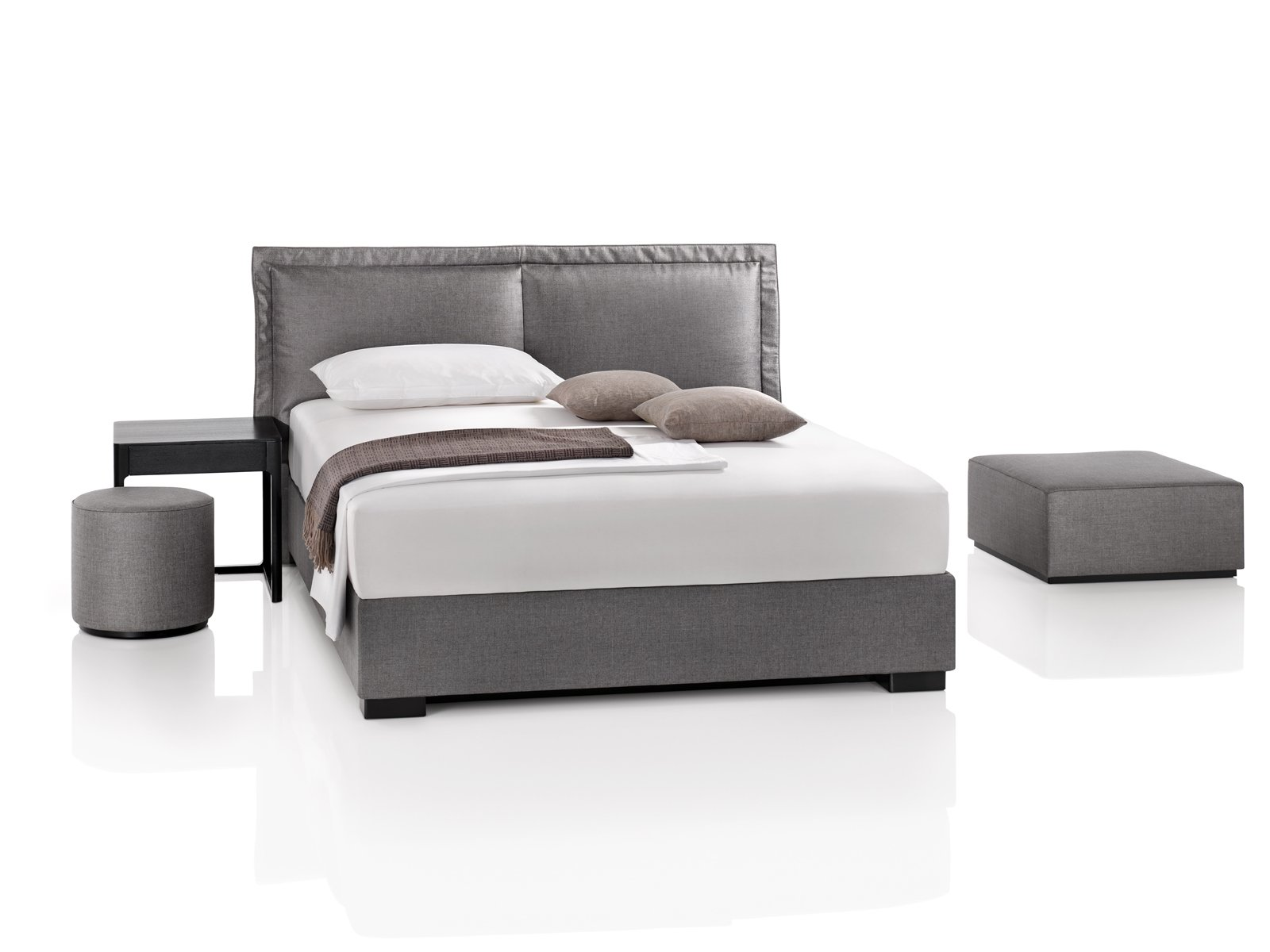 double bed somnus iii oyo by wittmann design paolo piva