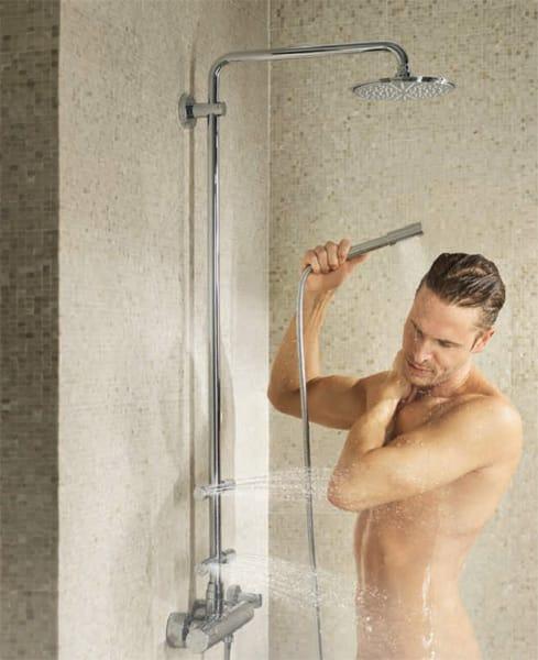 colonne de douche avec t te de douche rainshower system by grohe. Black Bedroom Furniture Sets. Home Design Ideas