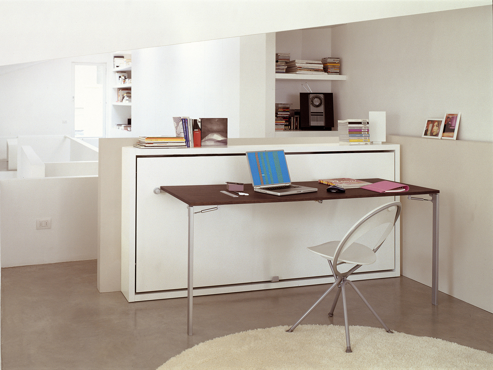 Lit simple escamotable poppi desk by clei for Clei wall bed