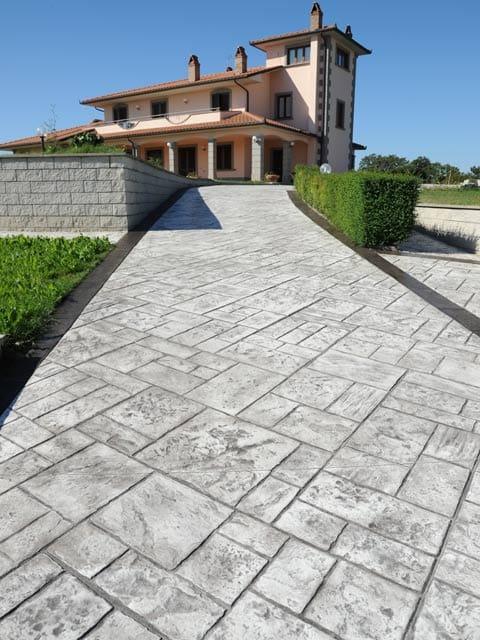 Baldosas de exterior de hormig n stamped concrete by ideal - Baldosa hormigon exterior ...
