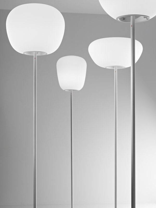 lumi baka lampadaire by fabbian design alberto saggia valerio sommella. Black Bedroom Furniture Sets. Home Design Ideas