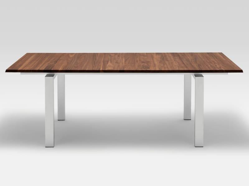 ausziehbarer esstisch aus holz rolf benz 8810 by rolf benz. Black Bedroom Furniture Sets. Home Design Ideas