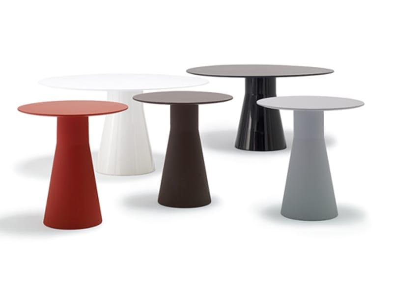REVERSE Table By Andreu World Design Piergiorgio Cazzaniga