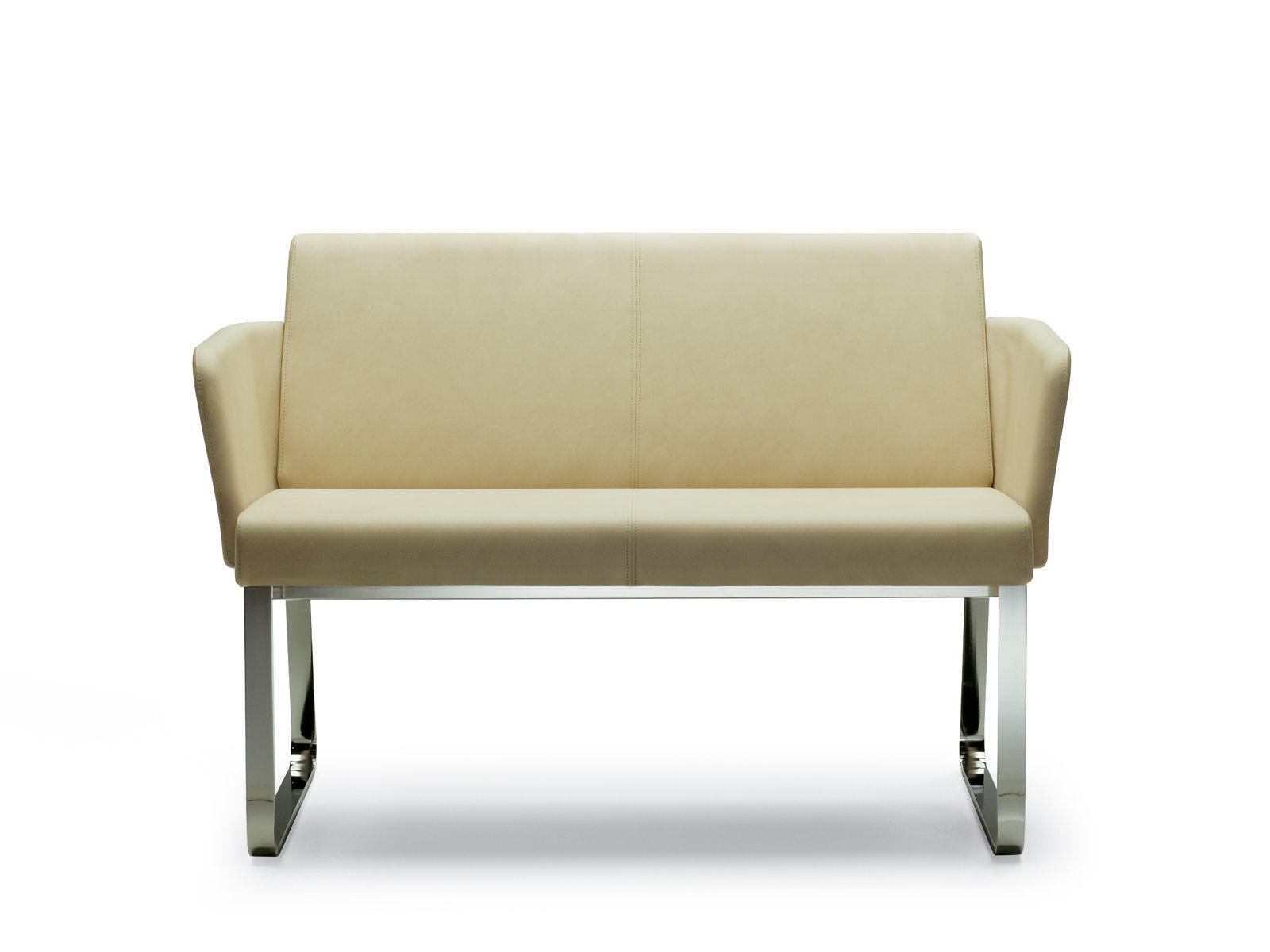 Ben sof pequeno de pele by rossin design lepper schmidt for Sofas cheslong pequenos