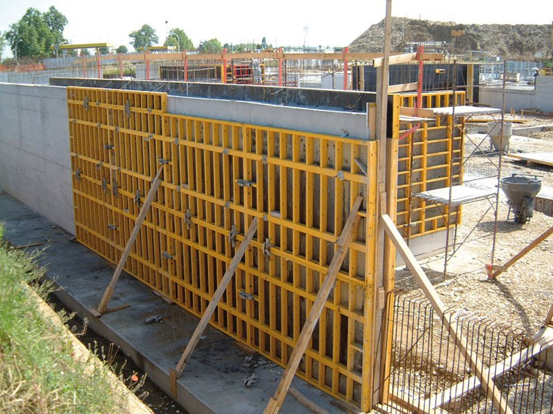 Design Of Concrete Wall Formwork : Formwork and system for concrete modulo s