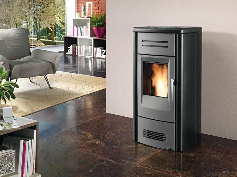 pellet kaminofen p958 m kollektion pellet kamin fen by. Black Bedroom Furniture Sets. Home Design Ideas