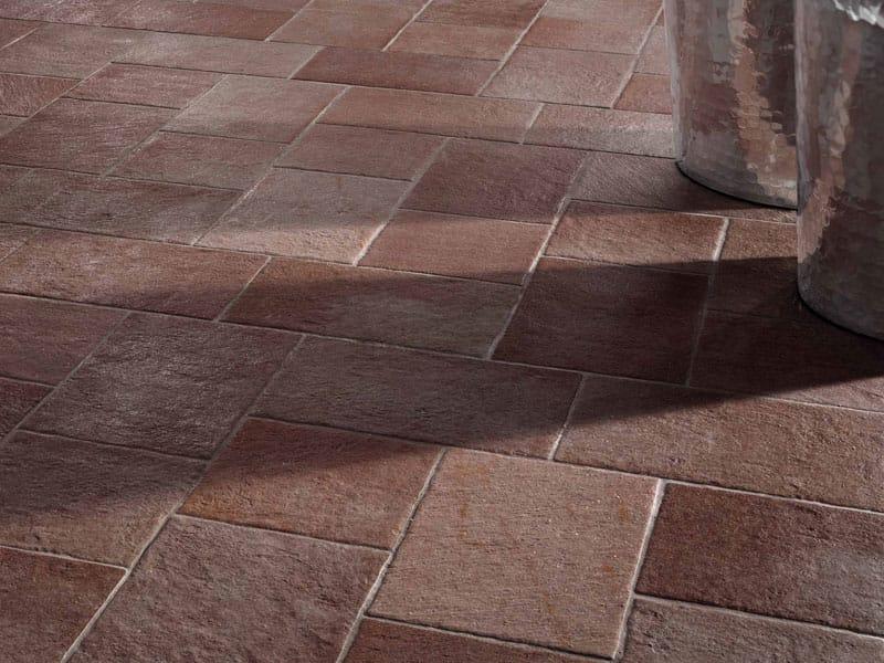 Revestimiento de suelo de gres porcel nico efecto piedra for Materiales para pisos exteriores