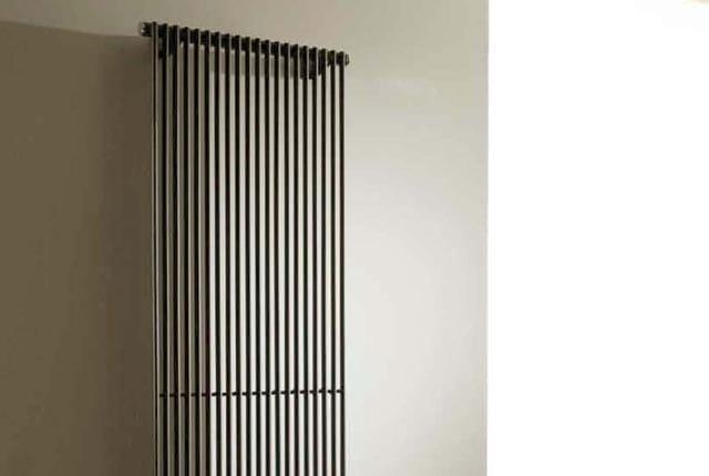 hegoline 13 radiateur d coratif vertical by deltacalor. Black Bedroom Furniture Sets. Home Design Ideas