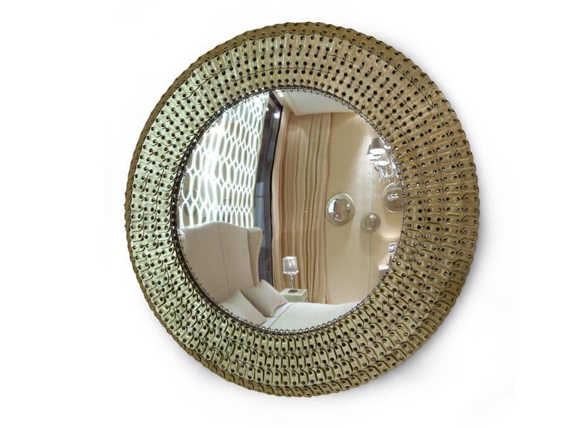 Miroir rond avec cadre balthazar by visionnaire design for Cadre miroir rond