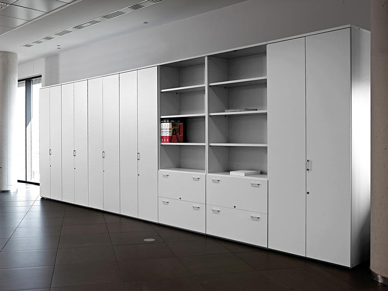 armoire de bureau modulable by actiu. Black Bedroom Furniture Sets. Home Design Ideas
