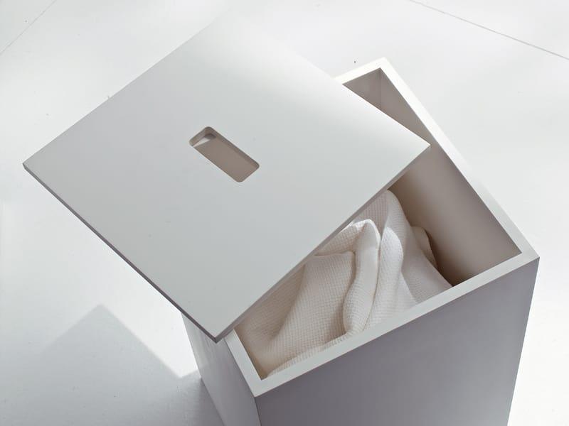w schesammler aus korakril kollektion argo by rexa design