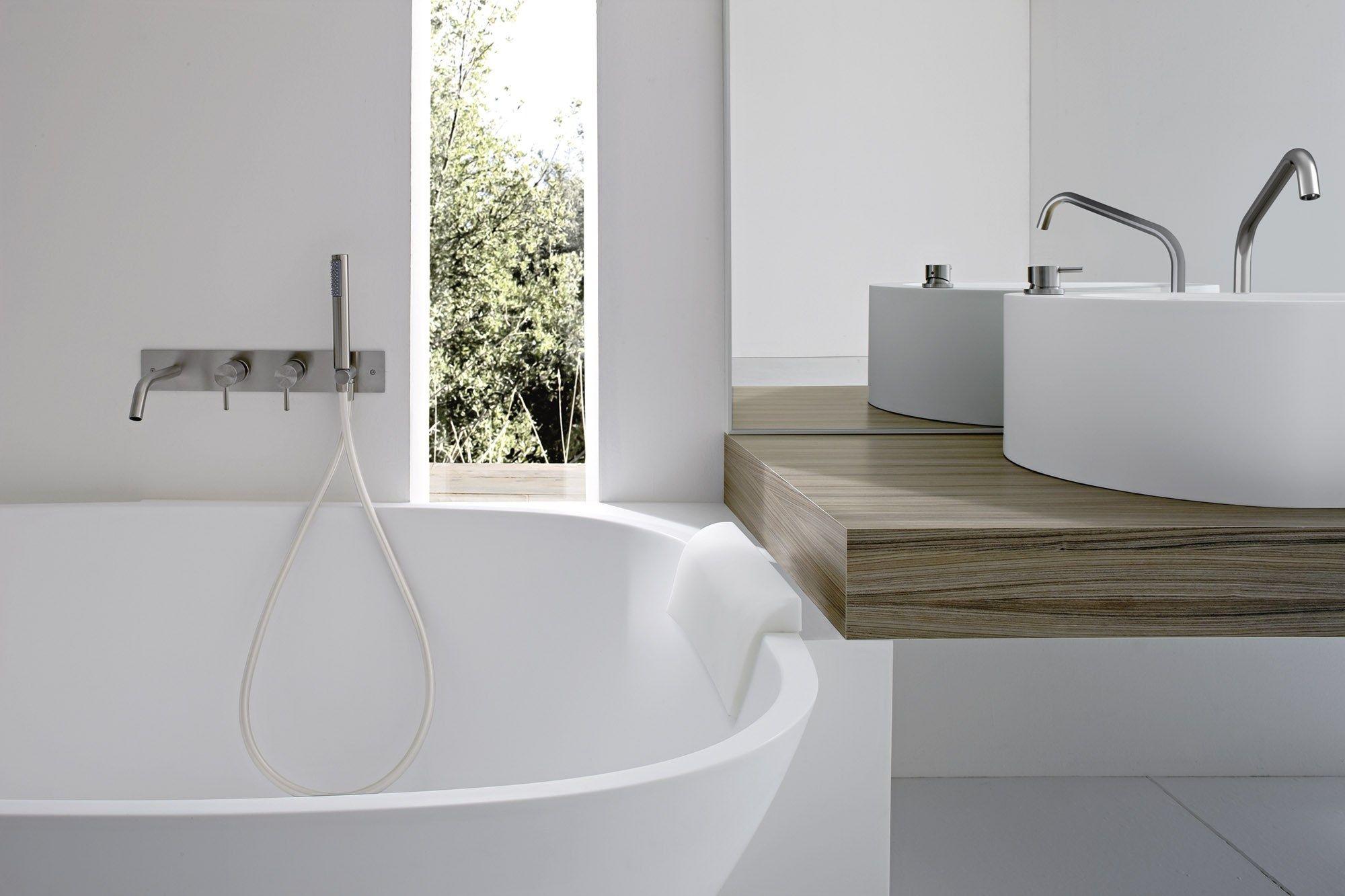 BOMA Vasca da bagno angolare by Rexa Design design Imago Design