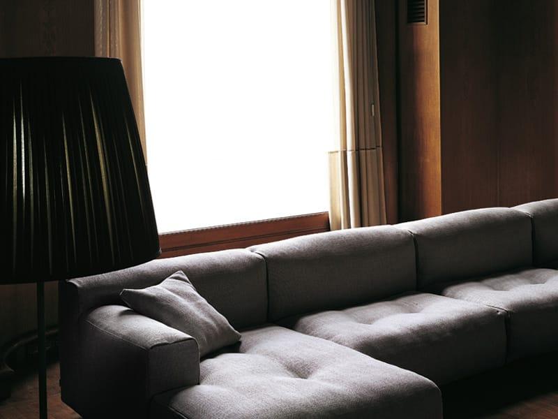 Softwall sofa by living divani design piero lissoni for Living divani softwall