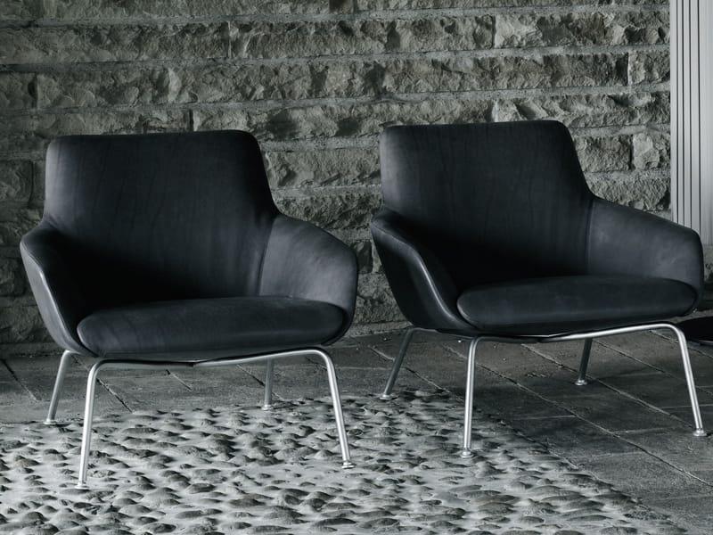 READER Armchair by Living Divani design Piergiorgio ...
