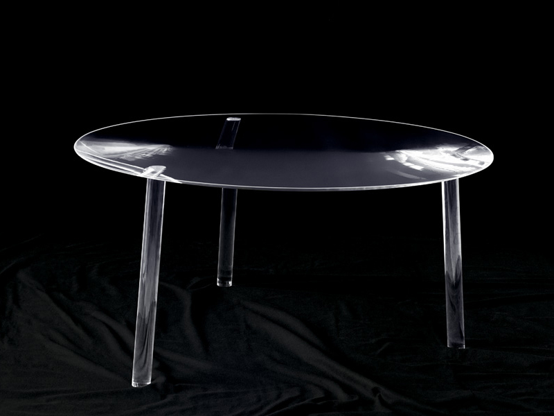 Tavolo rotondo in plexiglass drop table by living divani design junya ishigami - Table basse en plexi ...